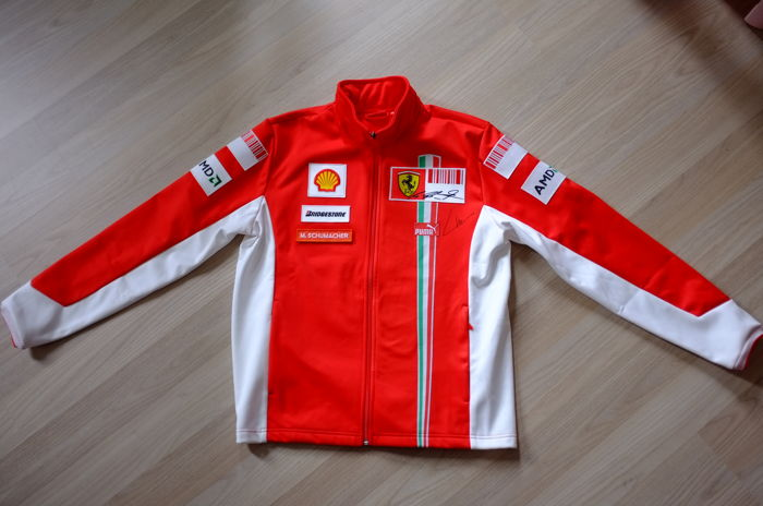 rare veste personnelle de michael schumacher de l quipe de f1 marlboro ferrari 2007 catawiki. Black Bedroom Furniture Sets. Home Design Ideas