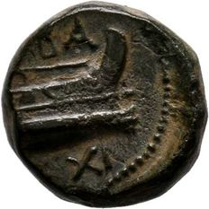 Greek Antiquity - Kings of Macedon, Demetrios I Poliorketes, 306-283 BC. AE12. Salamis.