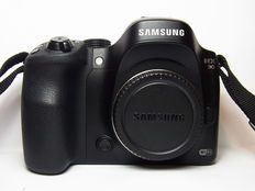 Samsung NX30 with 18-55mm