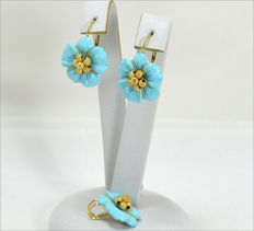 Set in 18 kt yellow gold with reconstituted turquoise earrings and pendant – Made in Italy