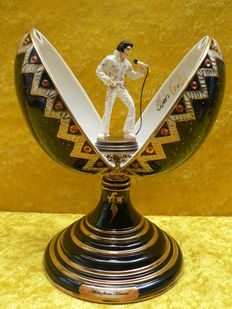 Elvis Presley - Fabergé style musicbox - Collectors item - Numbered