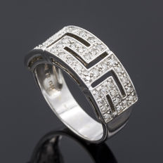 Ring in 18 kt white gold with  0.50 ct of diamonds. Size: 16 (spain)