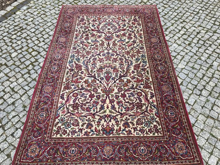 Antique Persian Ghoum Rug-210x132cm -hand knotted