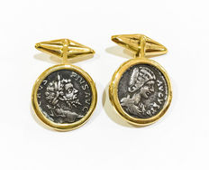 Gold cufflinks with authentic Roman coins: Roman denarii from the 2nd century A.D.