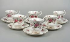 "Royal Albert - 6 cups and saucers ""Lavender Rose"" + cake stand ""Moonlight Rose"""