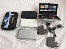 Lot of 3 Nintendo DS lite console with 12 games.