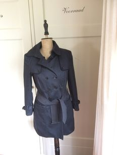 Burberry - trench coat - blue - coat - 36