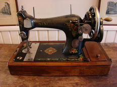 Singer 128K hand sewing machine, 1919