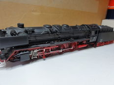 Roco H0 - 43242 - steam locomotive with pulled tender BR01 of the DB
