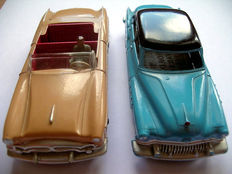 Dinky Toys-FR/GB - Scale 1/43 - Lot of Packard convertible No.132 and Buick Roadmaster No.24v