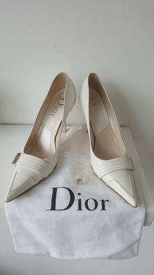 Dior – court shoes
