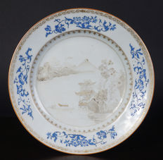 Porcelain Famille Rose plate – China – 18th century.