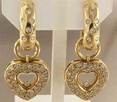 18 kt yellow gold dangle earrings set with 94 brilliant cut diamonds with a total of approx. 1.50 carat