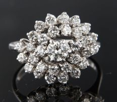 18 kt white gold entourage ring set with 31 brilliant cut diamonds, approximately 1.72 carat in total