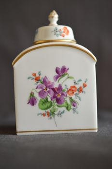 Meissen box with lid