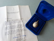 Egg pendant Franklin mint, with the pattern of Faberge egg, 1978+ COA