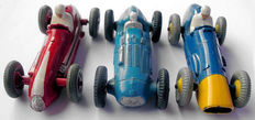 Dinky Toys-FR/GB - Scale 1/38 - 3 racing cars: Ferrrari No.23h, Maserati No.23n and Talbot-Lago No.23h