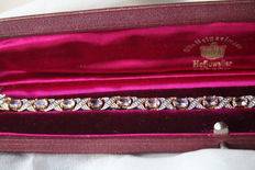 Beautiful vintage bracelet with large oval cut natural Amethysts approx. 5.4 Ct. and small old cut diamonds.