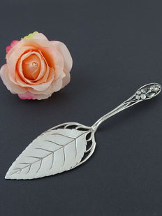 Silver antique 800 cake server from 1931, 19.9 cm
