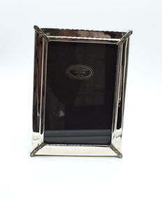 Italian designed sterling silver photo  frame , international hallmarked 925