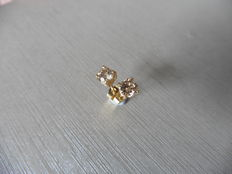 18k Gold Solitaire Diamond Earrings - 1.00ct  J, I1