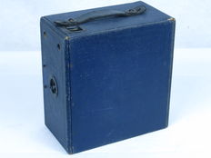 ENSIGN E29 box camera, blue color, made in England by ensign houghton. Ca. 1929