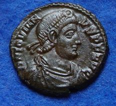 Roman Empire - Follis of Emperor Jovian (363-364 AD.) Minted in Siscia (P485)