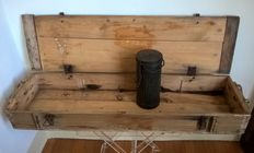 WW2 - German infantry wooden box (Panzerfaust - klein) and gas mask container from 1943