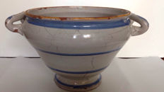 Italy - Naples - Round serving bowl decorated with ceramic handles - late 18th century