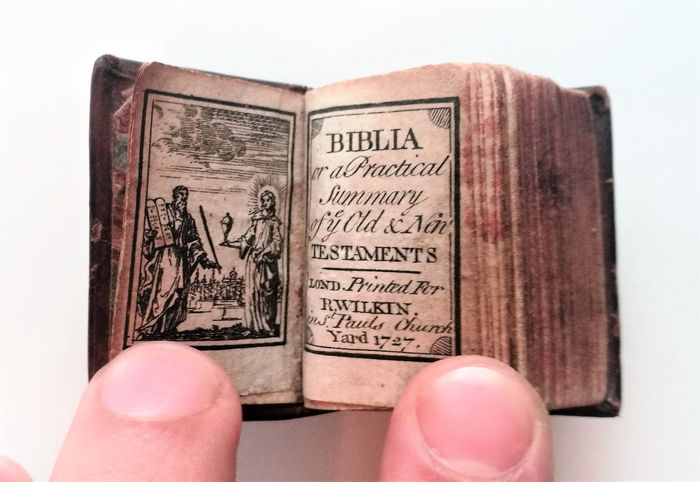 Miniature; Biblia, or, A Practical Summary of ye Old & New Testaments - 1727