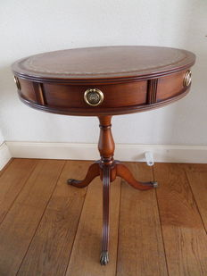 "Mahogany Regency style ""Drum"" Table - 2 drawers - brown leather table top - brass claw feet, England, second half of 20th century"