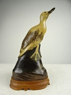 Buffalo horn carving of a duck - China / Indonesia