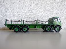 Dinky Supertoys - Schaal 1/48 - Foden Flat Truck with chains No.905