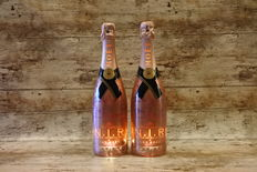 Möet & Chandon N.I.R. Nectar Impérial Rosé with LED - 2 bottles