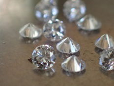Lot of 10 brilliant-cut natural diamonds of 2.00 mm with a total weight of 0.32 ct, E/VVS