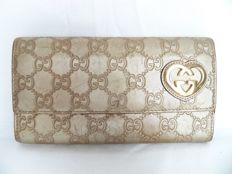 Gucci  bi-fold clutch - *No Reserve Price!*