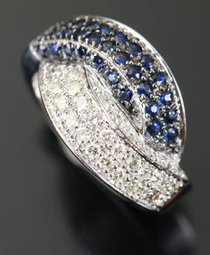 14 kt gold ring with diamonds and sapphires 1.66 ct - size 54