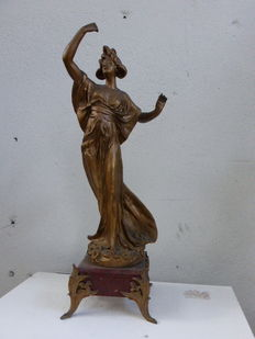 Statuette signed EMILE BRUCHON, art NOUVEAU woman, in babbit on a decorated pink marble base