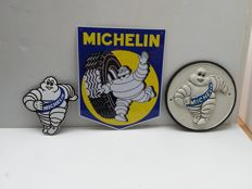 Tin and enamel Michelin advertising signs - Paris - 2000.