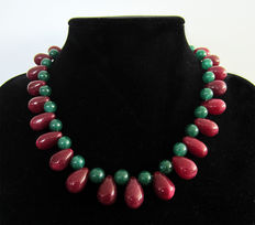 Ruby and emerald necklace - 410 ct