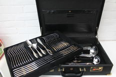 Solingen cutlery case for 12 persons-complete