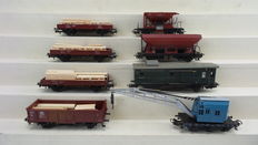 Märklin H0 - 4610/4611/4423/4465 – 8-piece work train, consisting of a crane carriage, flat carriage, high side gondolas, dump cars and employees carriage of the DB