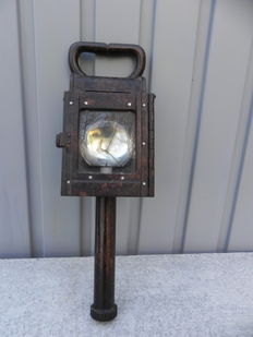 Inspection lamp / bicycle lamp?  - with a Bakelite candela