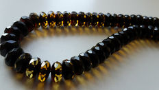 Baltic Amber necklace dark cherry red, honey facetted beads, weight : 13.5 gram