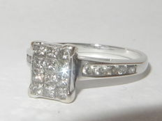 18k white gold cluster ring with diamonds - 0.28 ct - size 17.5 mm - 'No reserve price'