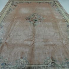 "China – 348 x 249 cm – ""Impressive and chic Oriental XL carpet in silk - In mint condition"""