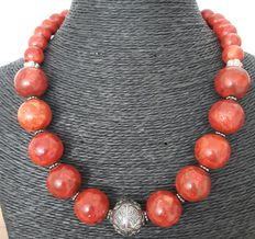 Coral and 925 silver necklace – Length 55 cm