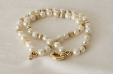 Akoya pearl bracelet 6-9 mm with gold clasp, 14 kt