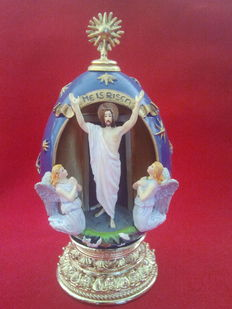 """House of fabergè  """" he is risen"""" egg collector numbered signed,"""