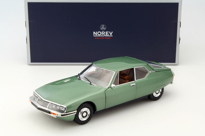 Norev - Scale 1/18 - Citroën SM 1971 - Green